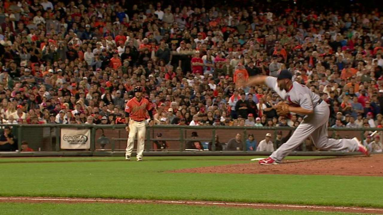 Broxton fans Duffy to end jam