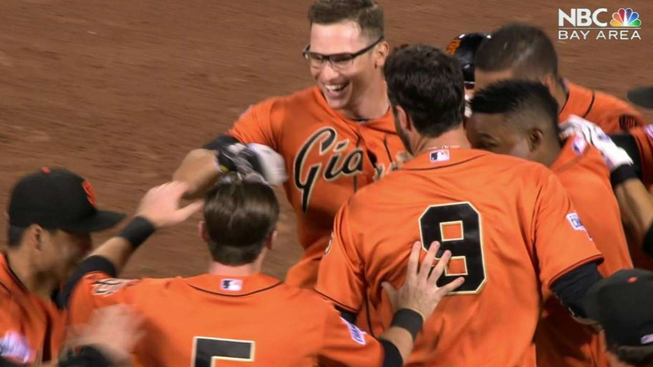 Tomlinson's walk-off single
