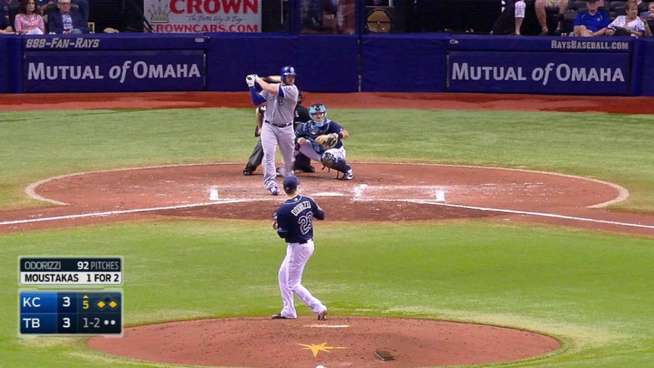Moose doubles up, drives in 3 to lead Royals