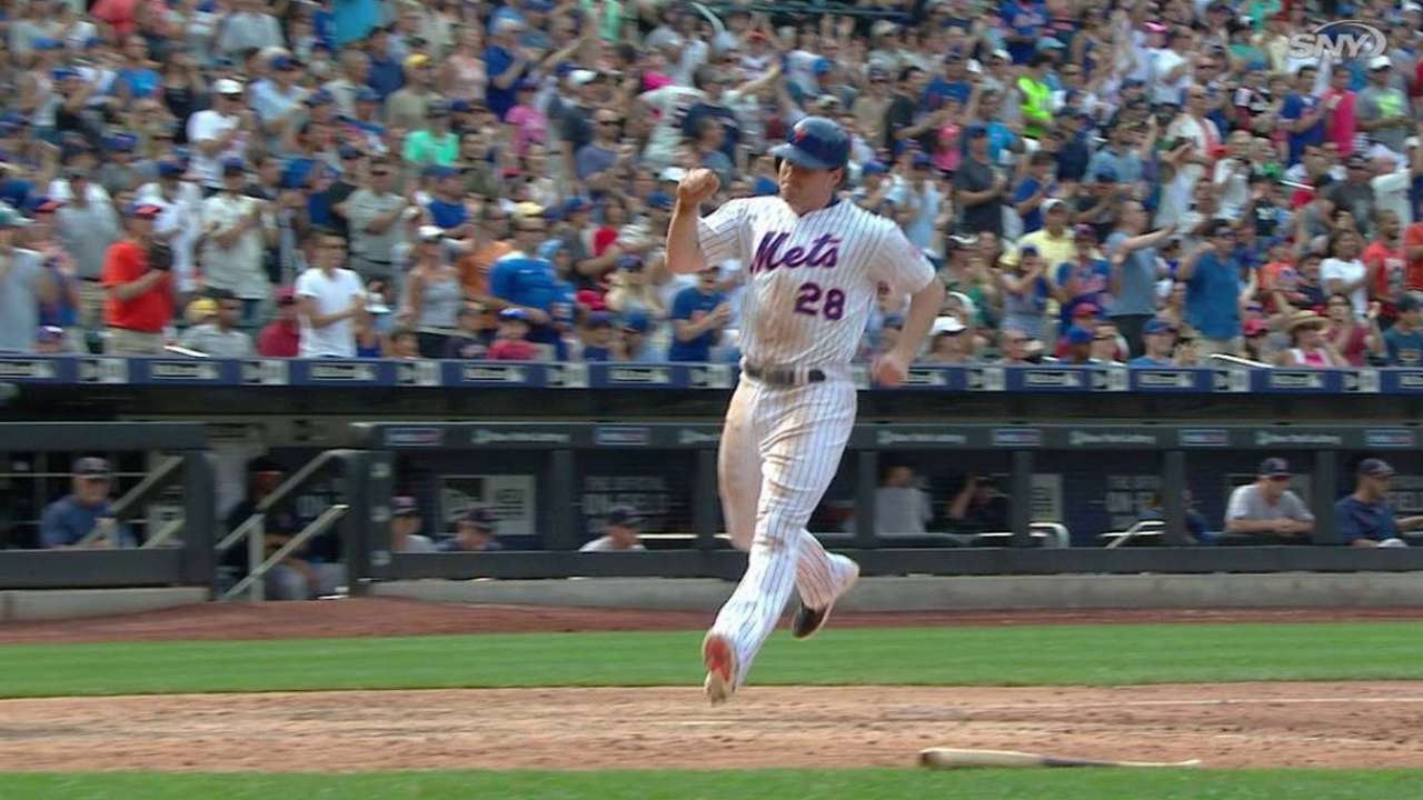 Clutch Cuddyer helps Mets edge Red Sox