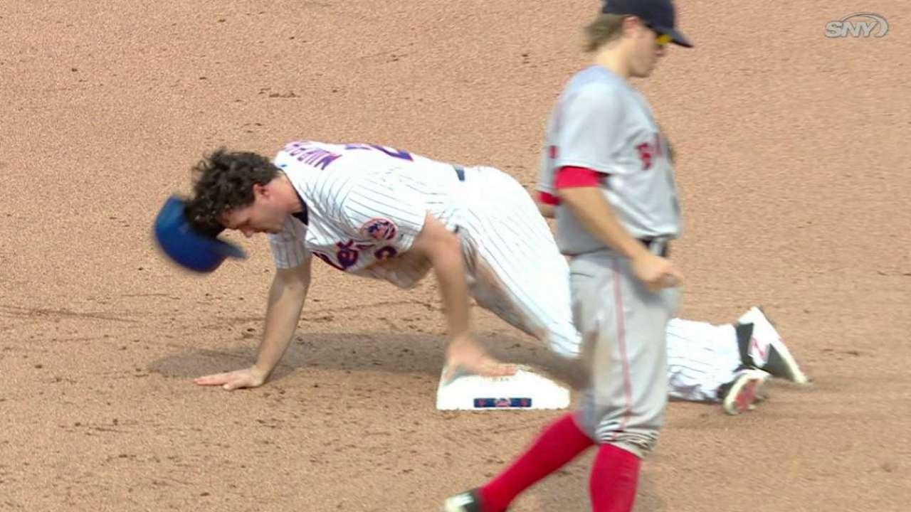 Murphy steals second base
