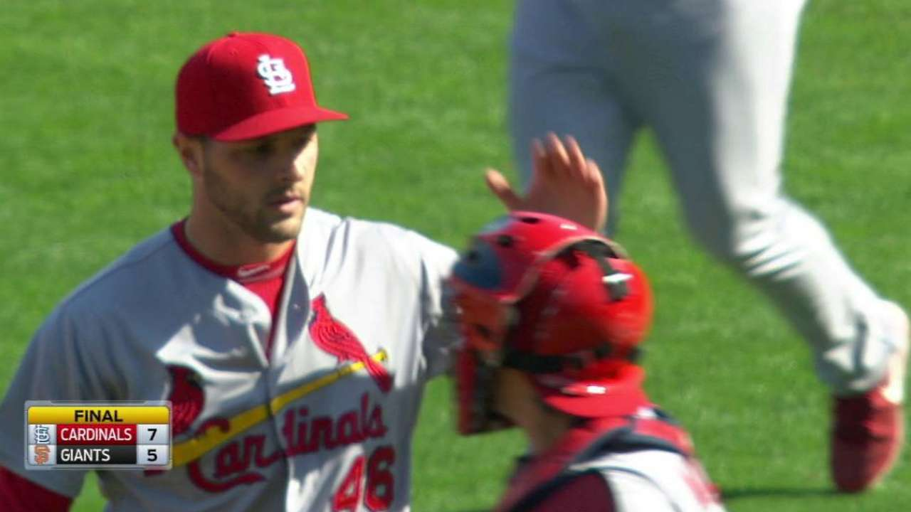 Cardinals surge to end road trip strong