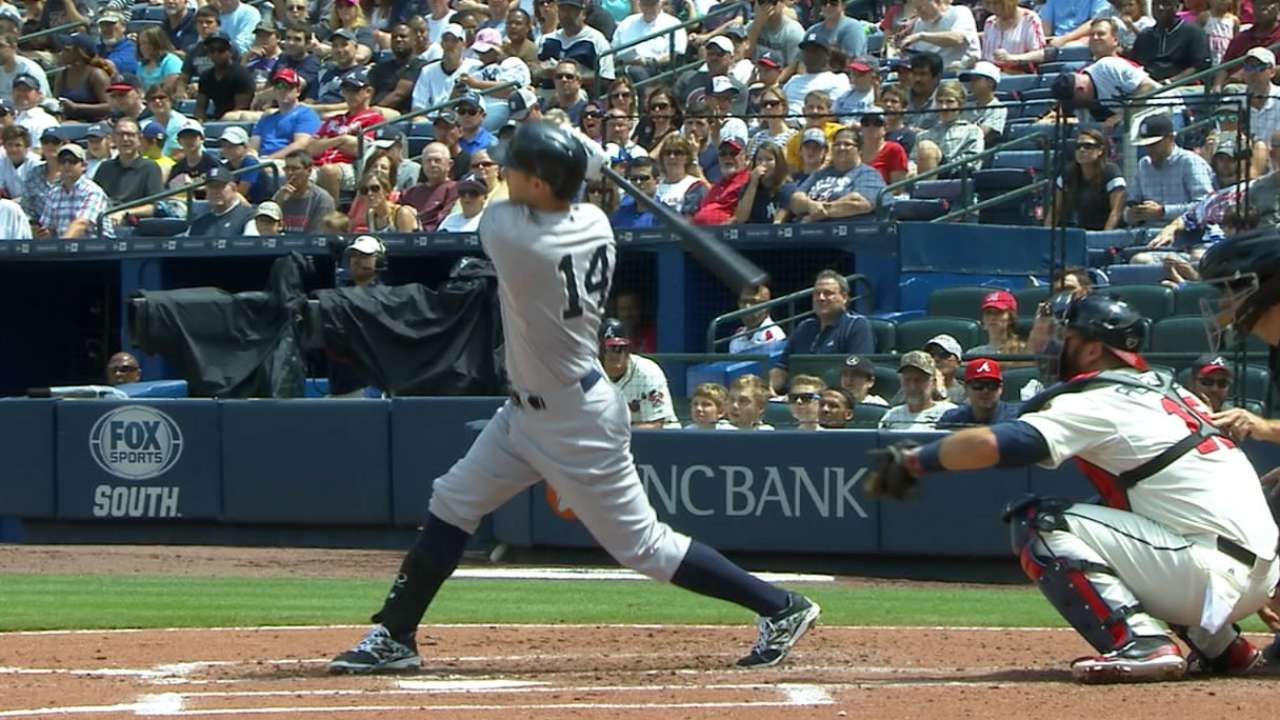 Yankees sweep Braves with 20-run output