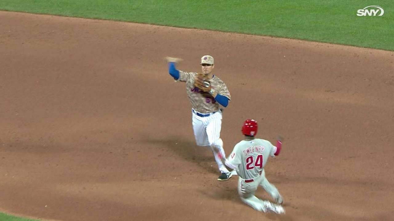 Wilmer Flores y Rubén Tejada han dado la cara en los Mets