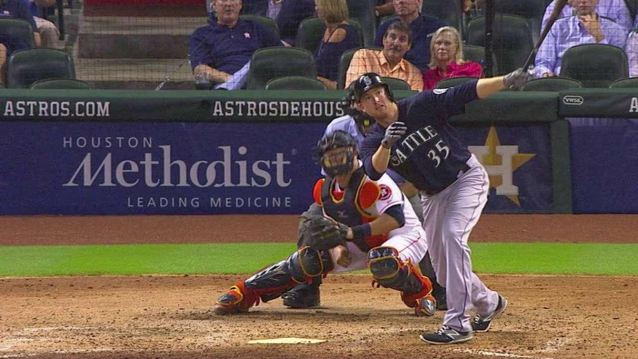 Trumbo's second homer