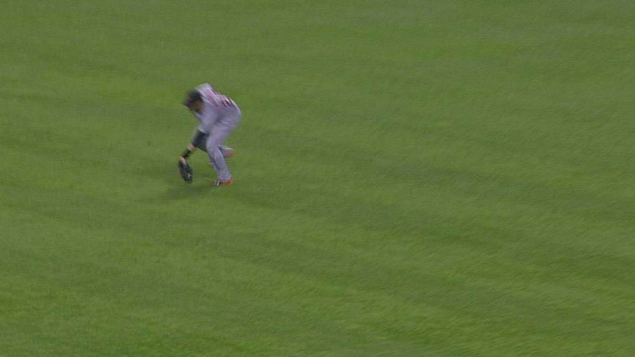 J.D. Martinez's running grab
