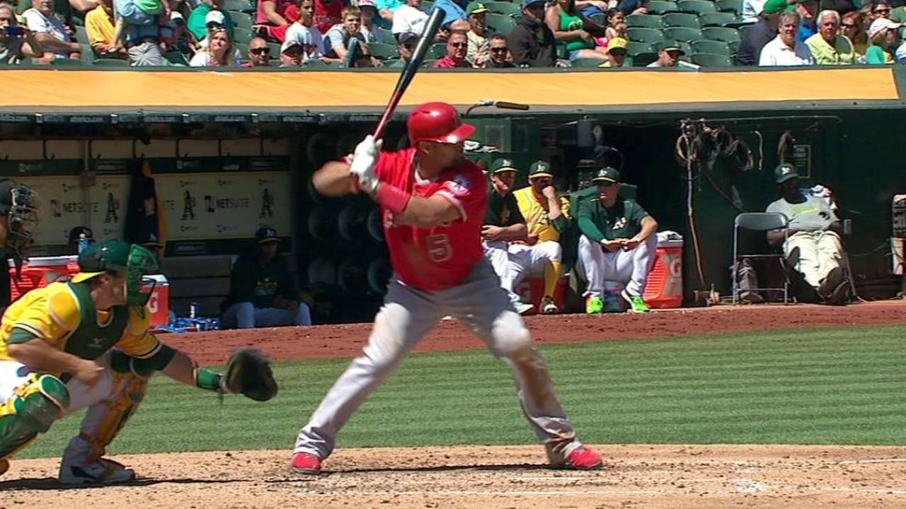 Pujols hits 555th HR in chase for stellar year