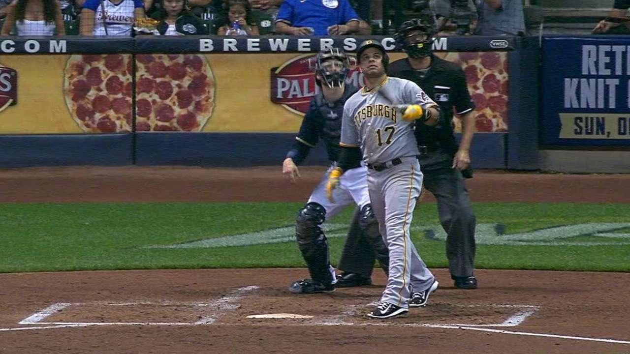 Ramirez's three-run homer