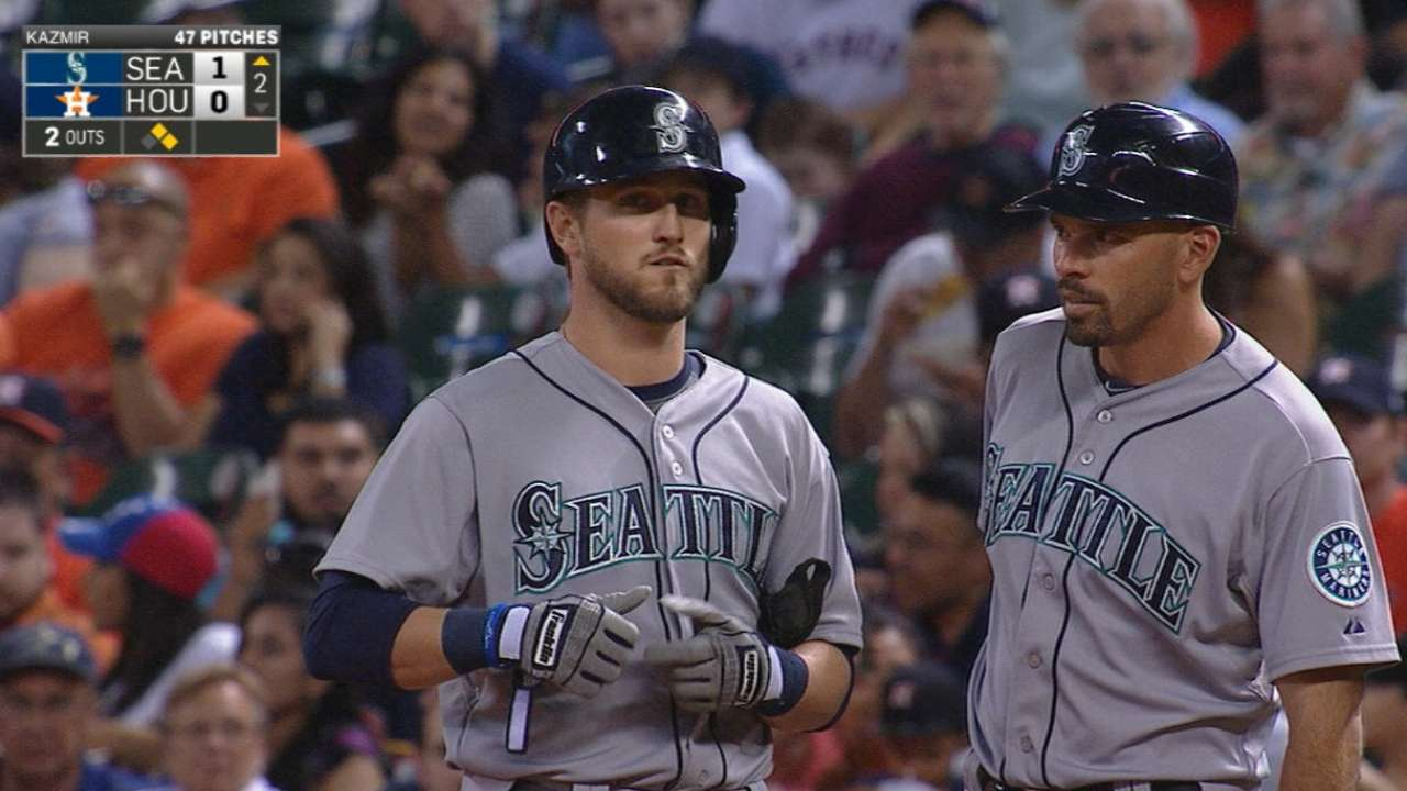 O'Malley's Mariners debut one to remember