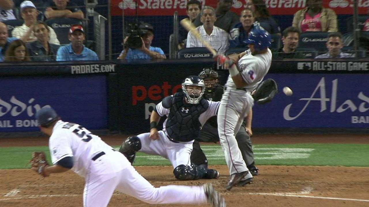 Benoit throws very wild pitch