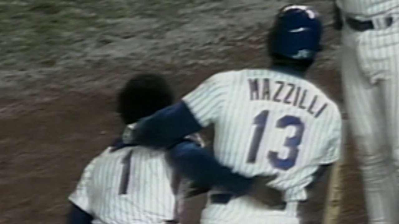 Hernandez gets Mets on board