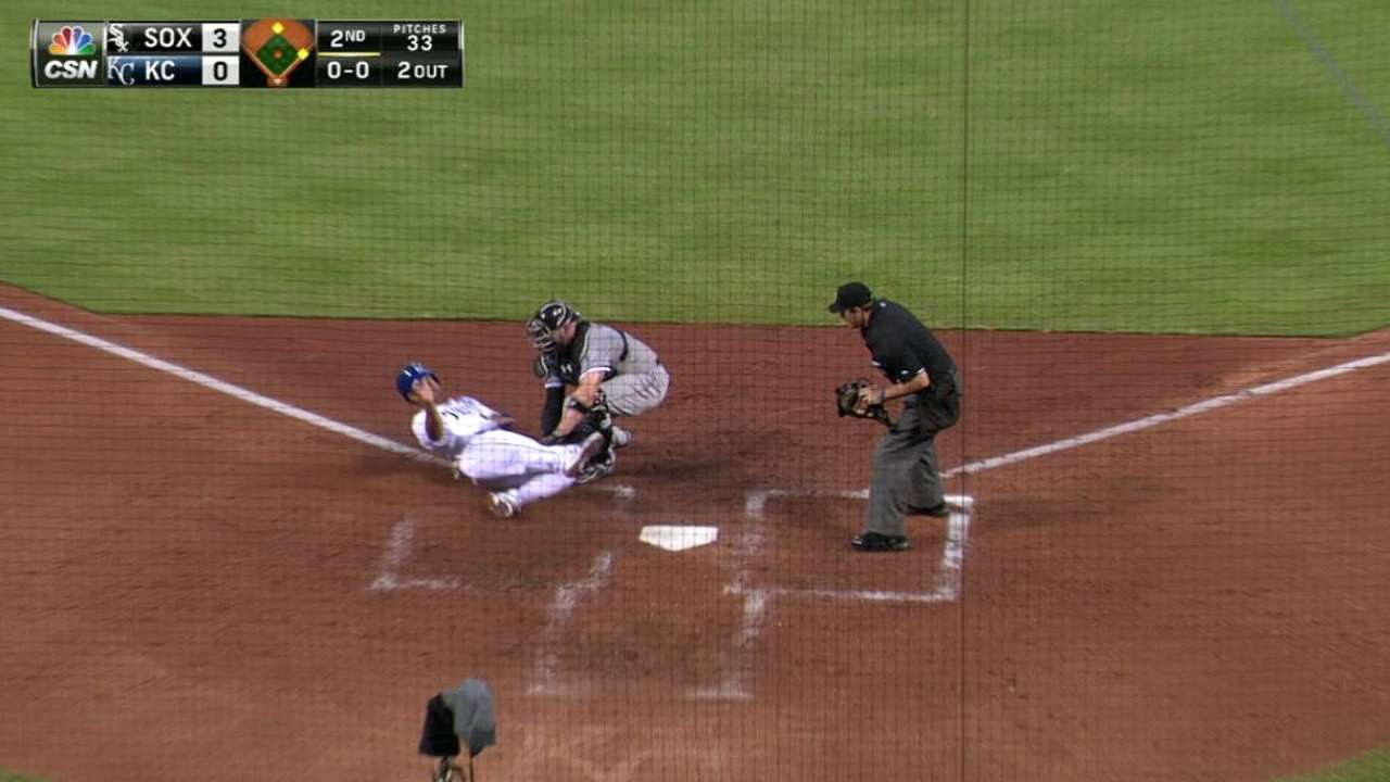 Cabrera throws out Cuthbert