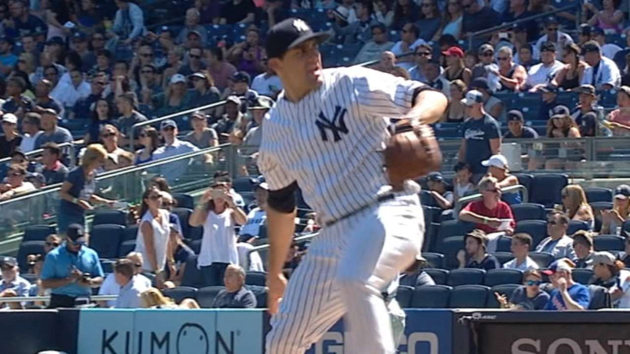 Yankees avoid arbitration with Eovaldi