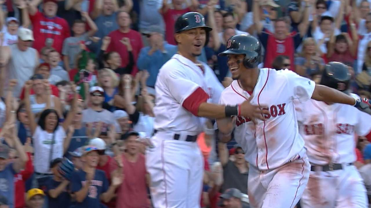 Red Sox score eight in the 4th