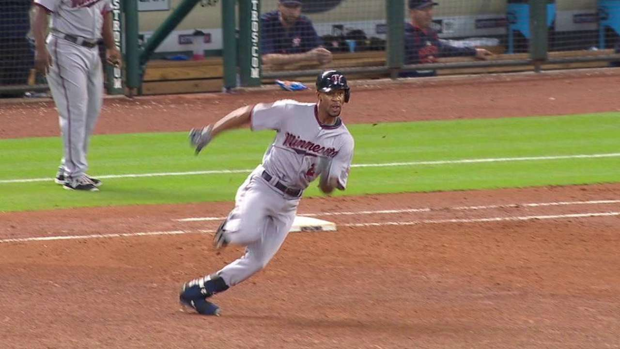 Buxton's uni covered in dirt