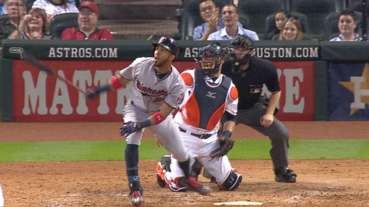 Twins top Astros, keep pace in Wild Card race