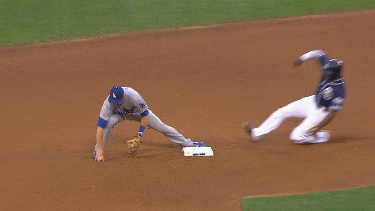 Dodgers get the out at second