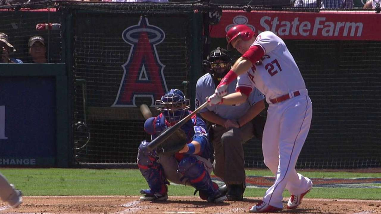 Trout ends HR drought; Angels gain WC ground
