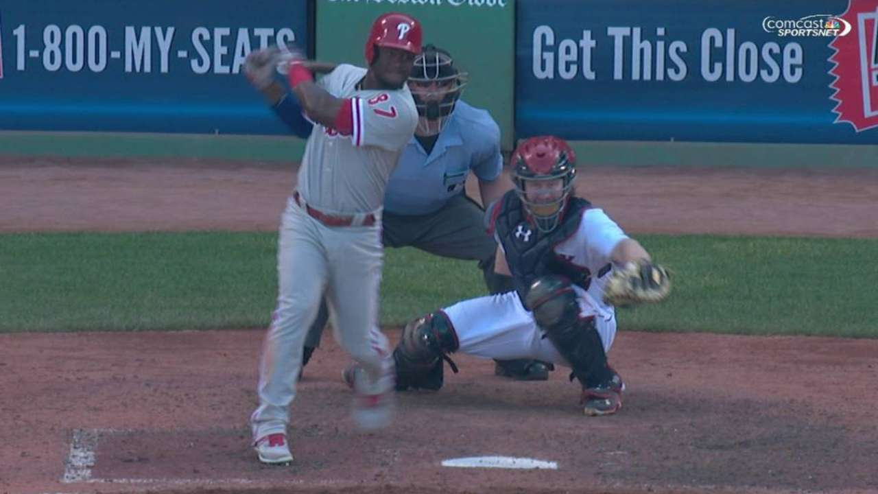 Herrera's RBI single