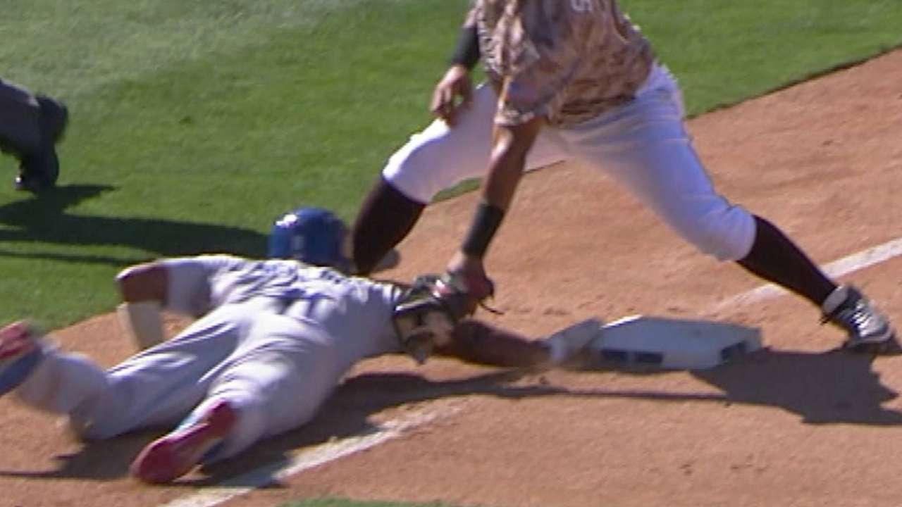 Grandal, Rollins join litany of injured Dodgers