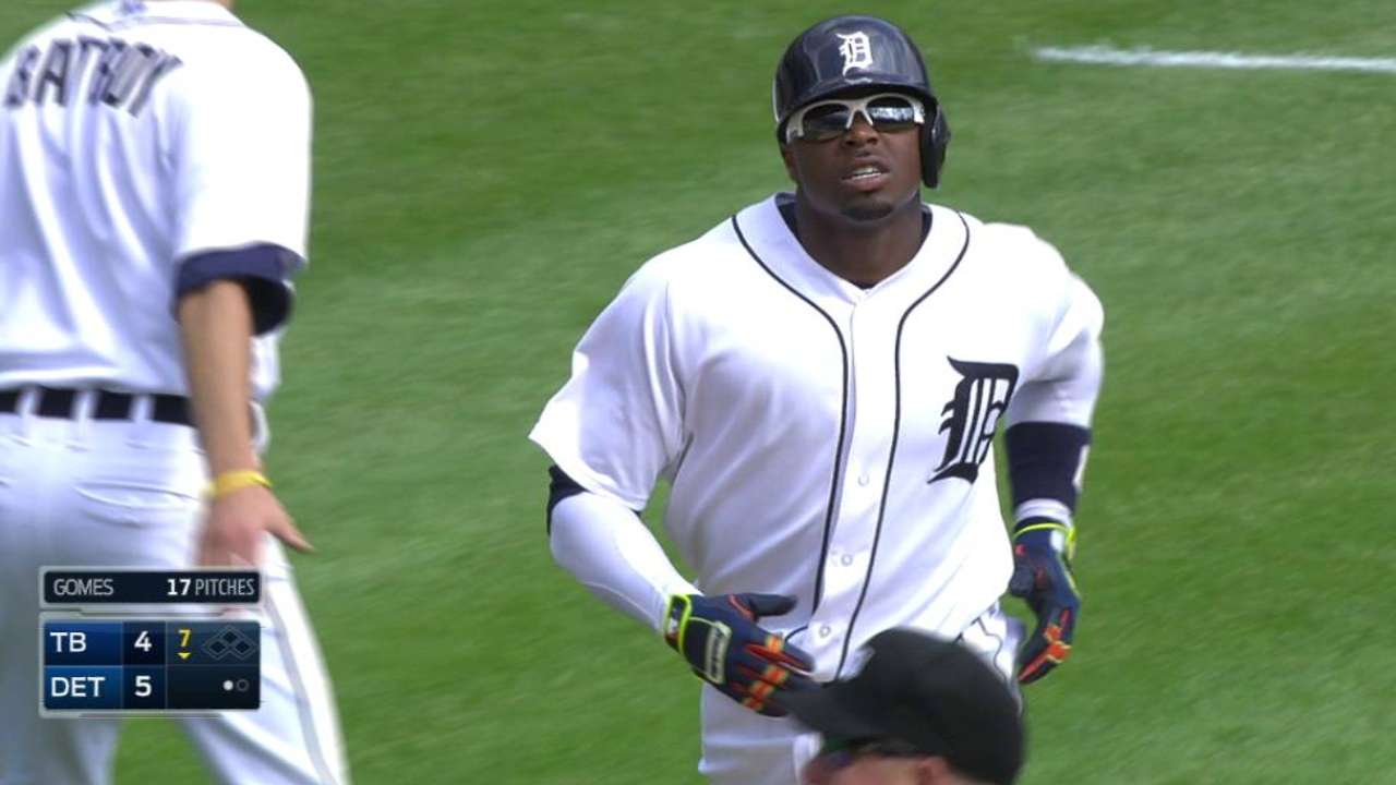 Davis delivers as Tigers power past Rays