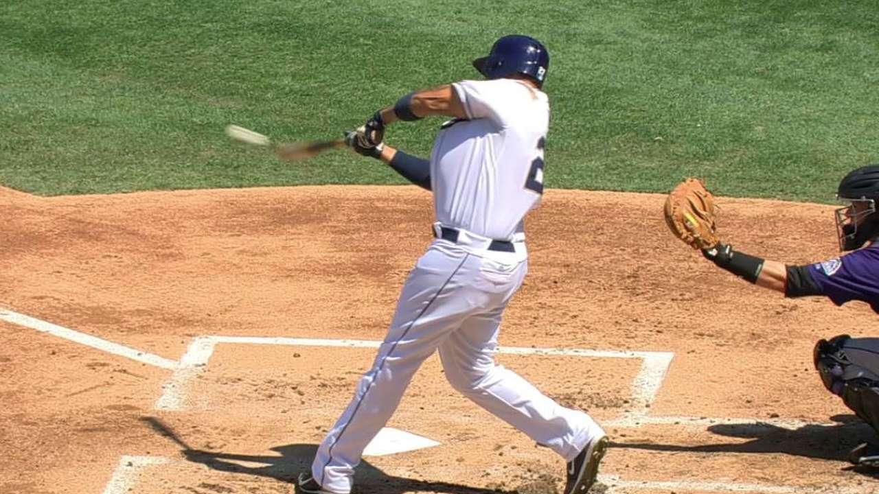 Kemp's two-run homer