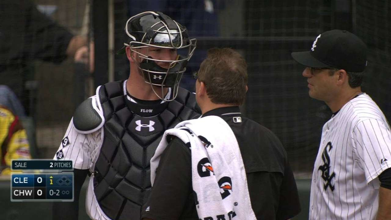 Flowers takes foul ball to mask