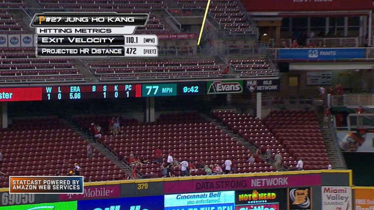 Statcast: Kang hits long homer