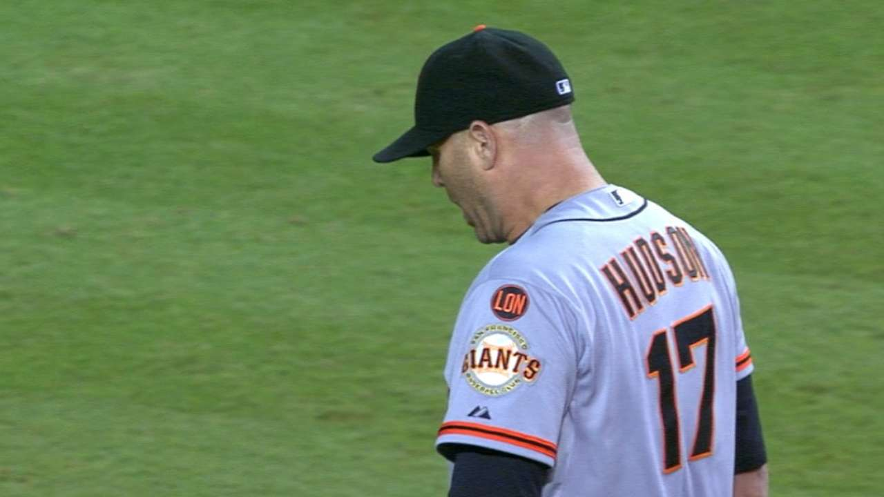 Hudson's farewell adds to Giants' pitching woes