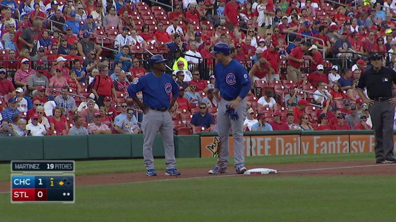 Grichuk gives ball to Heyward