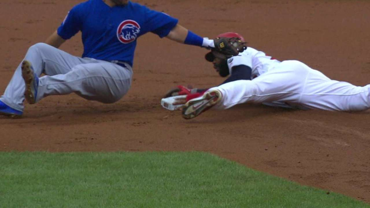 Heyward's stolen base confirmed