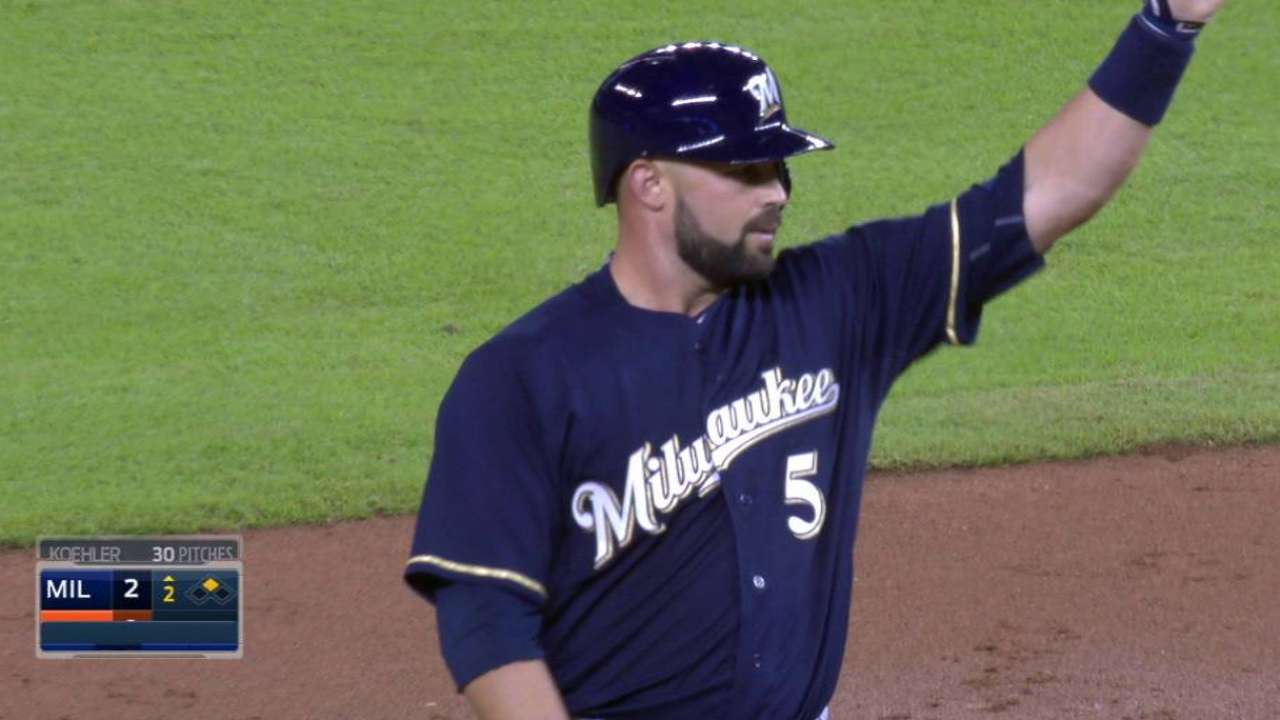 Brewers fall in series finale against Marlins