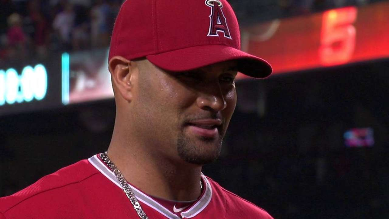 Pujols on game-winning hit