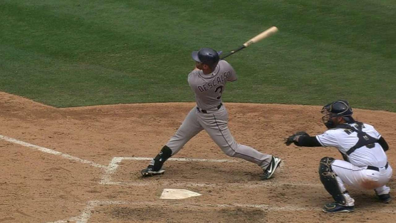 Descalso's go-ahead home run