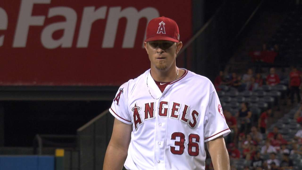Weaver rises up, matches Ryan in Angels wins