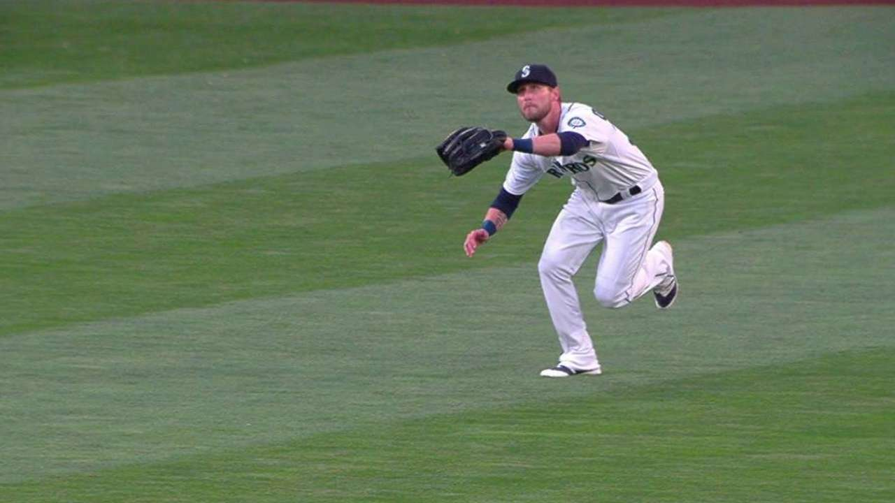 O'Malley getting feel for center field, big leagues