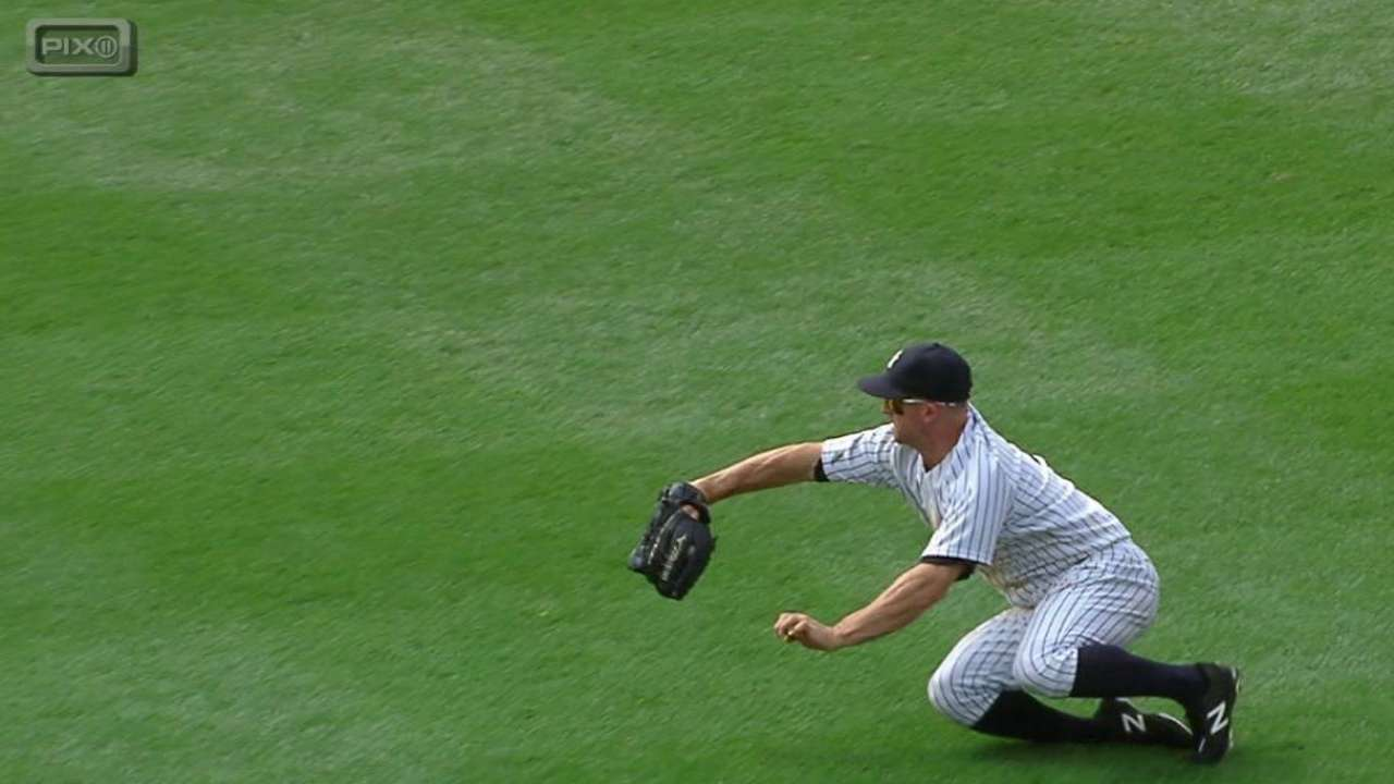 Grabs from Gardner key for Yanks in finale
