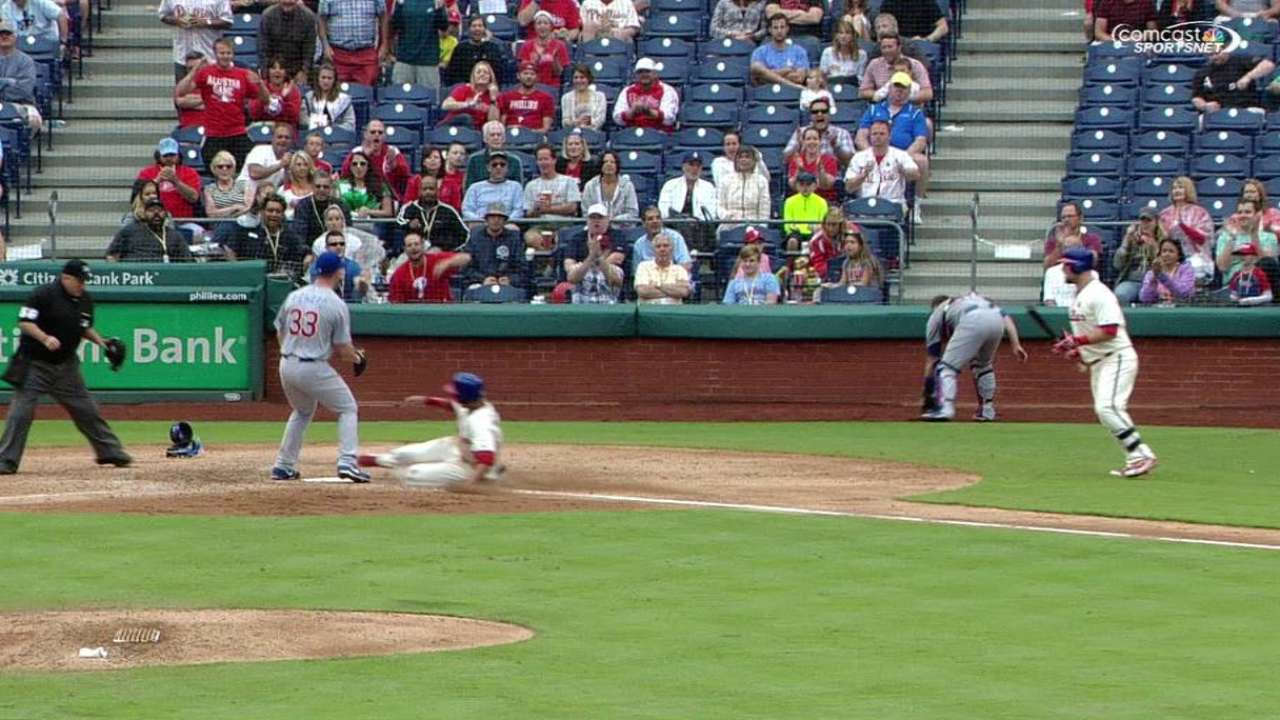 Altherr scores on wild pitch