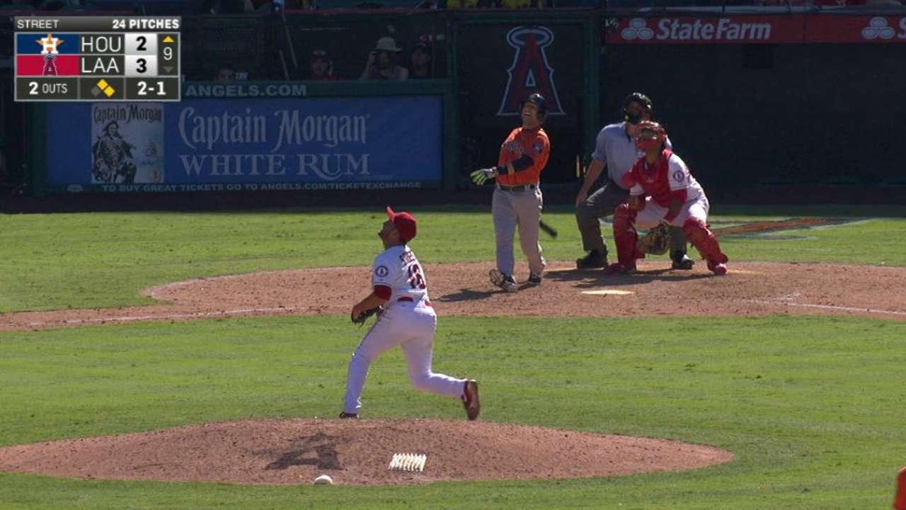 Lowrie's three-run homer