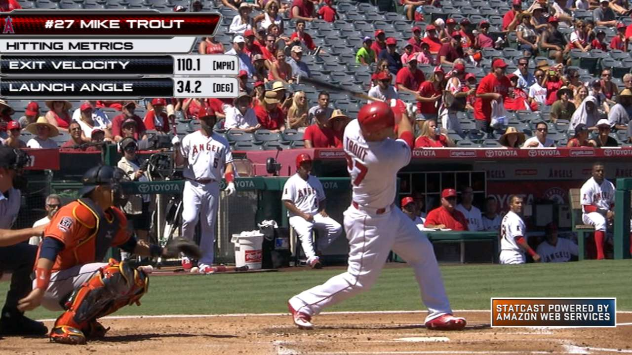 Statcast: Trout's big fly