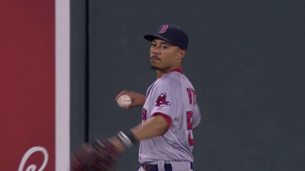 Boston ready to give Mookie a chance in right