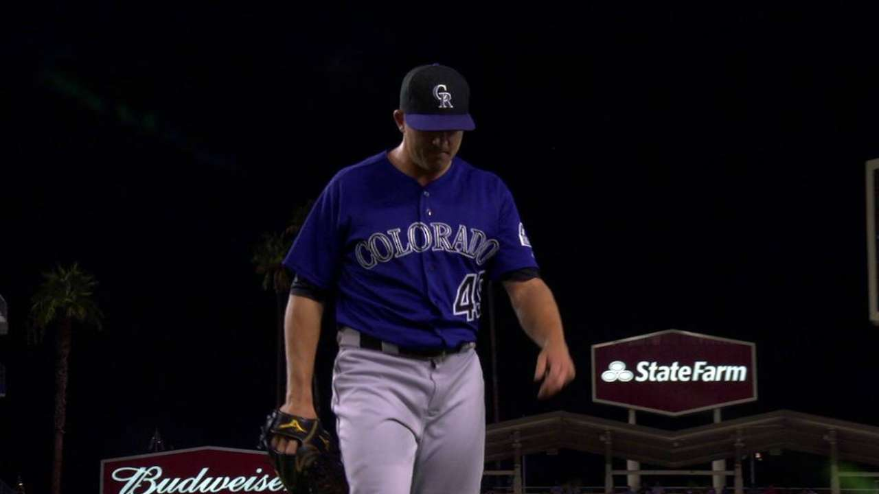 Cubs land lefty Brothers in deal with Rockies