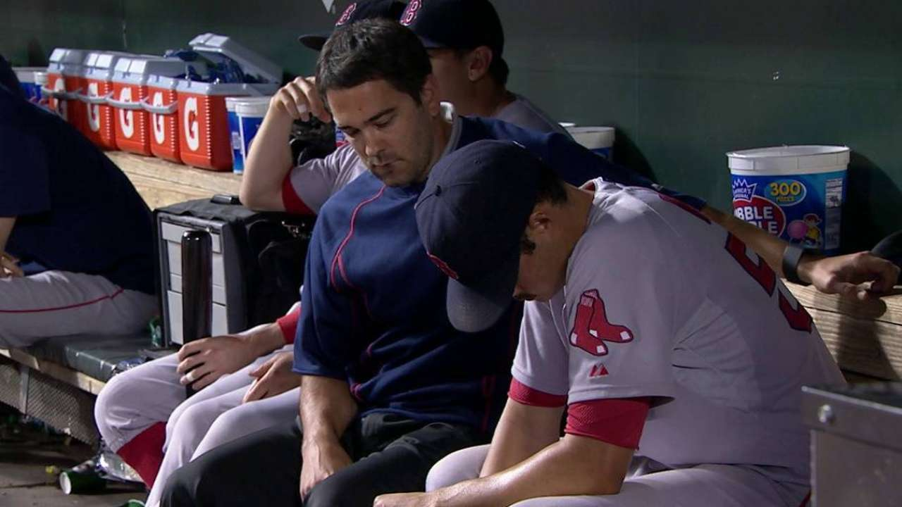 Red Sox think Kelly won't pitch again in 2015