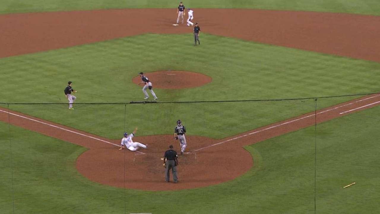Heisey's game-tying infield hit