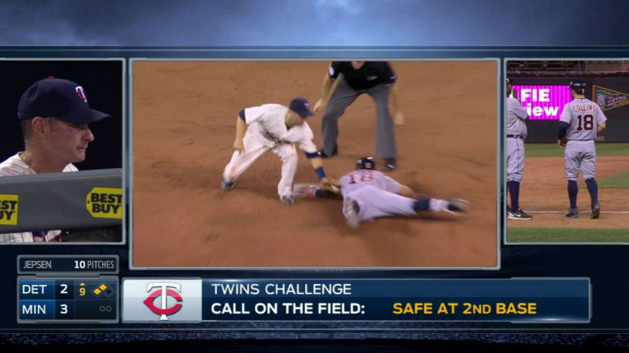 Twins miss chances in disappointing loss