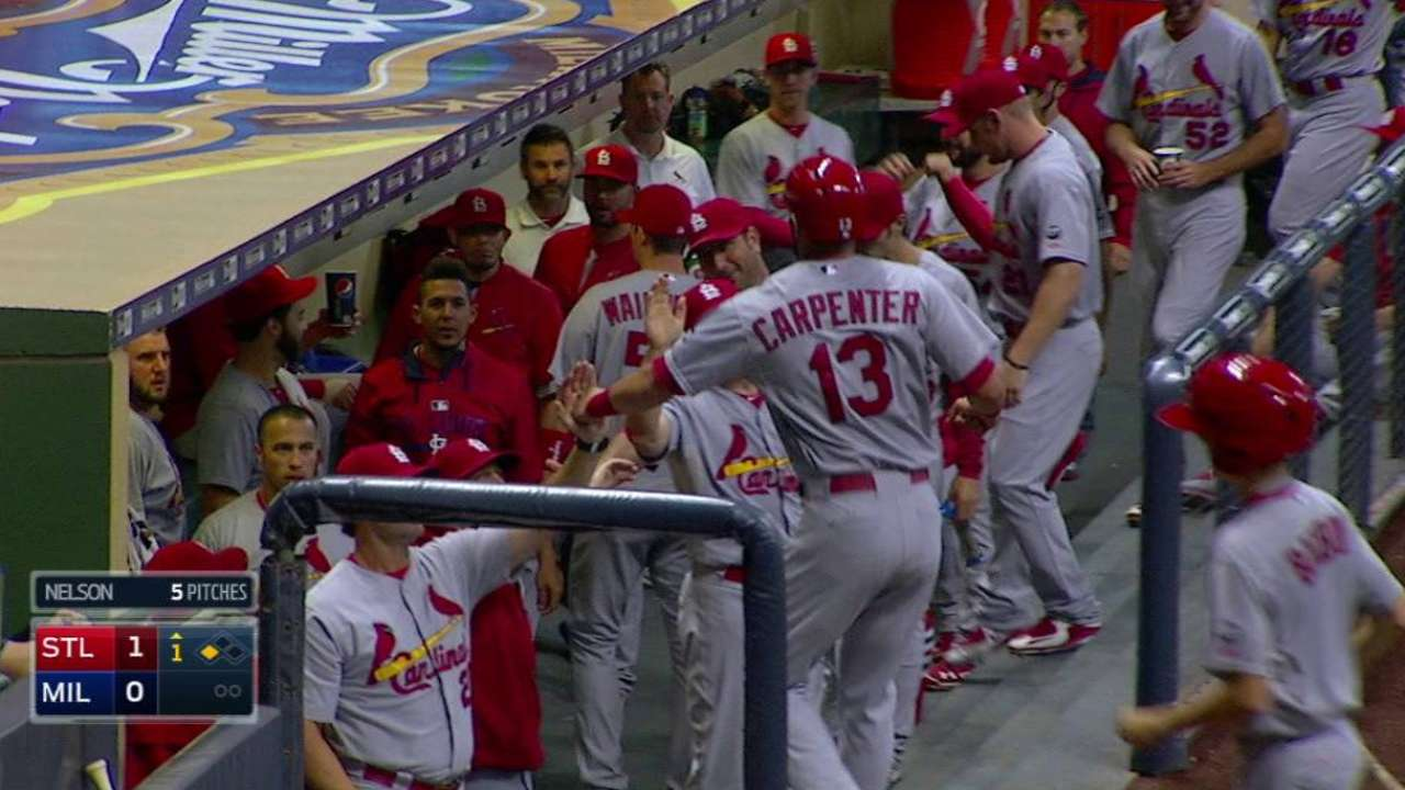 Cards extend Central lead with sweep of Brewers
