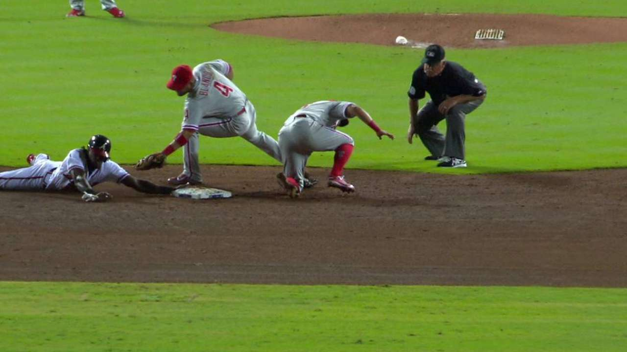 Maybin picked off, steals anyway