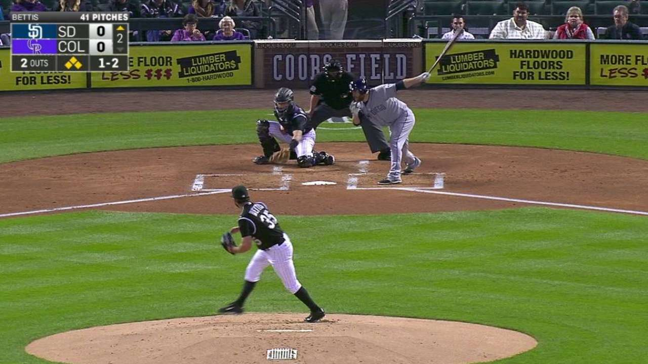 Bettis escapes bases-loaded jam