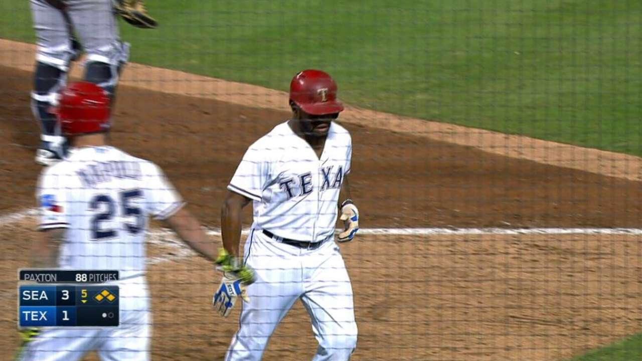 Fielder's bases-loaded walk