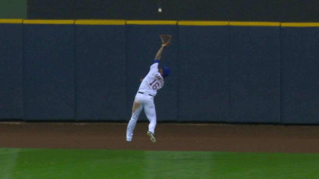 Santana's leaping grab